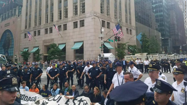 170919151532-02-trump-tower-protest-09-19-2017-exlarge-169