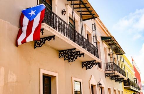 iStock-522546770-puerto-rico-house-flag